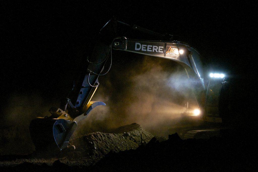 excavator-2771230_1920