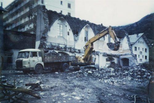 Démolition de la caserne des pompiers, rue du Collège